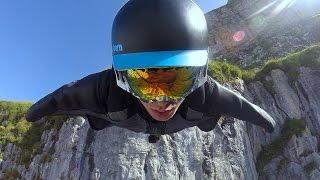 Vol en wingsuit en Suisse