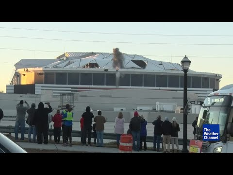 MARTA bus blocks feed of Georgia Dome implosion at worst possible time