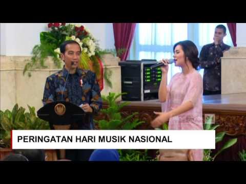 gratis download video - Raisa-Minta-Sepeda-ke-Jokowi--Saat-Presiden-Jokowi-Cari-Raisa-di-Peringatan-Hari-Musik-Nasional