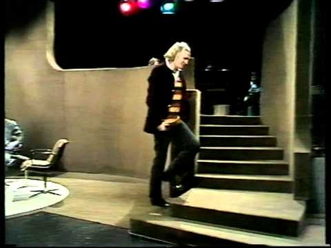 Richard Harris on Parkinson in 1973 Part 4