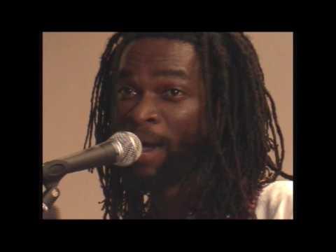 Beautiful Nubia - Mama Agba's Twilight Treat (Live, 2006)