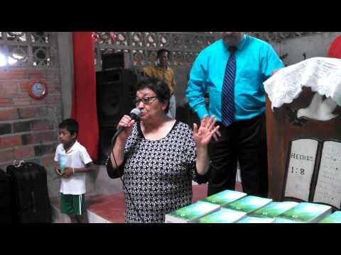 MISIONES AMAZONIA - DONACION DE BIBLIAS MAYO 2015