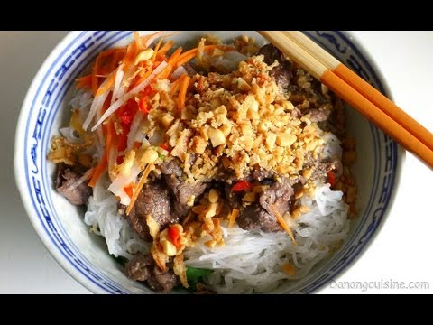 Vietnamese Recipe: Light and Healthy Beef Noodle Salad – Bun Bo Nam Bo