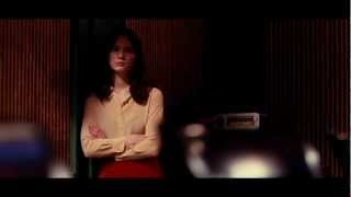 Nonton STOKER - Tráiler español Film Subtitle Indonesia Streaming Movie Download
