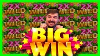 Video I YELLED SO LOUD THE ENTIRE CASINO HEARD ME! Double Happiness Panda Slot Machine WINNING W/ SDGuy MP3, 3GP, MP4, WEBM, AVI, FLV Juli 2019