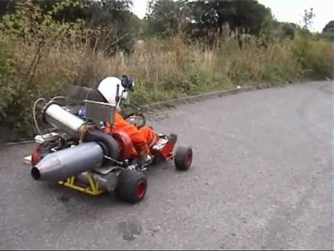Gearhead shows off his homemade jet-powered go-kart