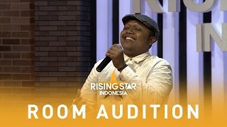 "Video Julian ""Because Of You"" 