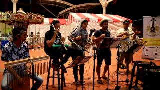 Video Kasabian -Goodbye Kiss cover by Malaysia Ukulele Group perfomance @ Komtar Walk,Penang MP3, 3GP, MP4, WEBM, AVI, FLV Juli 2018