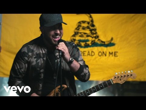 Video Mitchell Tenpenny - Bitches download in MP3, 3GP, MP4, WEBM, AVI, FLV January 2017