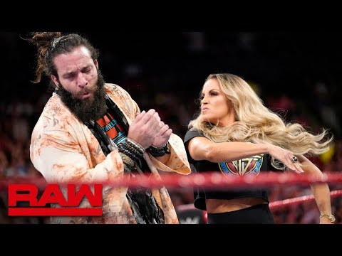 Trish Stratus interrupts Elias: Raw, Aug. 27, 2018