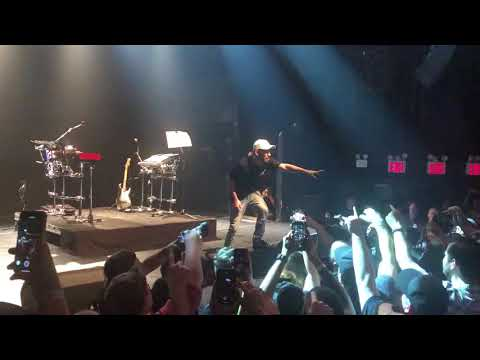 Mike Shinoda - Remember The Name - Fort Minor @ Gramercy Theater, New York City, NY 06/20/2018 - Thời lượng: 2 phút, 4 giây.