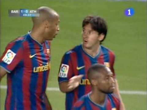 Messi từng ghi 1 bàn thắng rất giống với cú lốp bóng vào lưới Neuer
