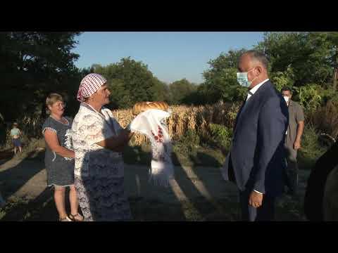 Глава государства встретился с жителями села Романовка Сынджерейского района