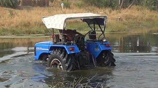 Sonalika Di 60 Rx washing in Betwa River Under water scenes