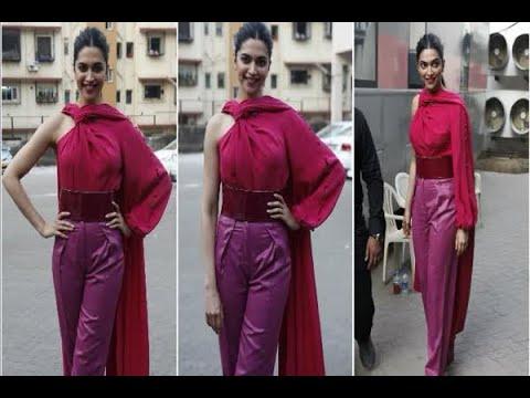 In Graphics: SEE PICS: Deepika padukone promotes 'Padmavati' in Mumbai