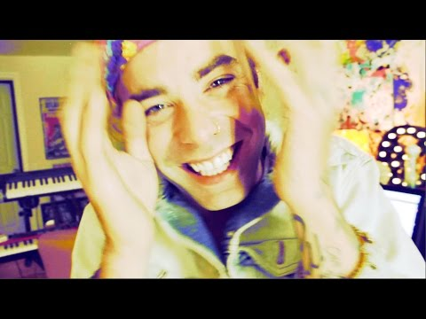 1970 - Mod Sun - 1970 (Official Video) From his upcoming Rostrum Records debut album! Download the song on iTunes: http://smarturl.it/1970 Follow Mod Sun online: ht...