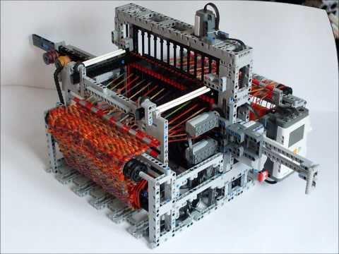 超猛玩具人利用LEGO 打造自動編織毛線的機器!