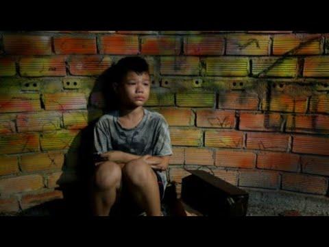 MV Bài hát Đứa Bé - 200 nghệ sĩ + MC