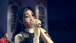Download Lagu Via Vallen - Ayah [OFFICIAL] Mp3