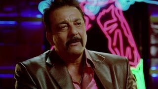 Sanjay Dutt hires Akshay&John as male escorts - Desi Boyz