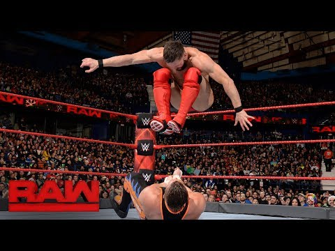 Finn Bálor vs. Curt Hawkins: Raw, Dec. 25, 2017