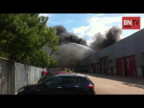 Bedrijfspand Destra Data in Breda gedeelte verwoest door brand