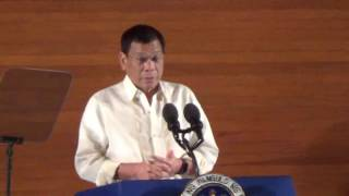 Duterte wants federal gov't with prime minister, president