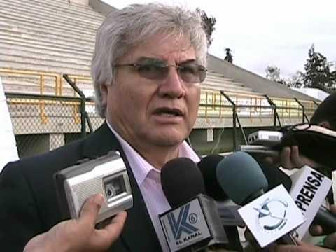 Entrega de dinero para la culminación del estadio de La Independencia