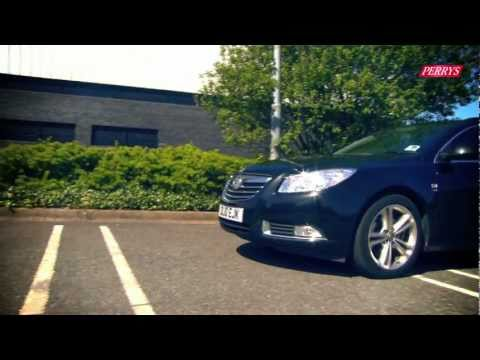 Vauxhall Insignia Sports Tourer video review