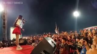 Via Vallen - Satu Jiwa live Stadion Brawijaya Kediri
