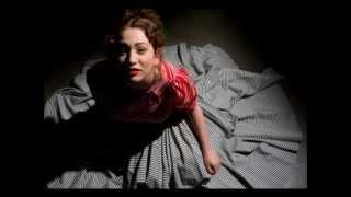 Regina Spektor - Loveology @ Bowery Ballroom (03/30/2005)