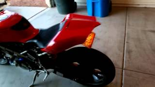 10. 2004 Ducati 749s/999s Start Up Video