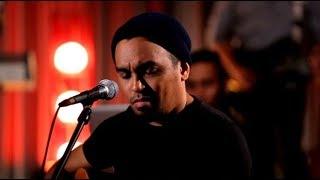 Glenn Fredly - Bongkar - Iwan Fals Cover (Live at Music Everywhere) * *