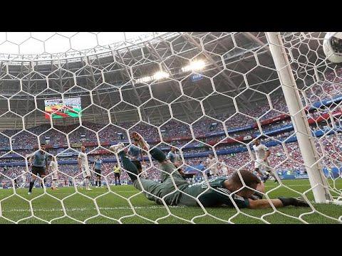 Ασταμάτηση η Ουρουγουάη πέρασε αήττητη στους 16