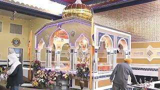 Surrey Vaisakhi 2013 Sikhs Worship At Gurdwara Sahib Temple