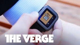 あのウェアラブル腕時計の元祖が機能を一新したPebble TimeをKickstarter上で公開