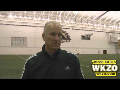 Western Michigan Head Coach Bill Cubit speaks at length following Ball State loss.  Video was filmed October 15th, 2012 at the Seelye Center outside Waldo Stadium.