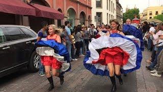 Queretaro Mexico  city images : Desfile Comunidades Extranjeras Querétaro 2016 México