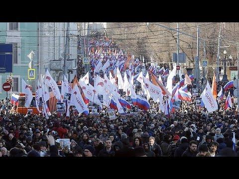 Ρωσία: Μαζική διαδήλωση για τον ένα χρόνο από τη δολοφονία του Μπόρις Νεμτσόφ