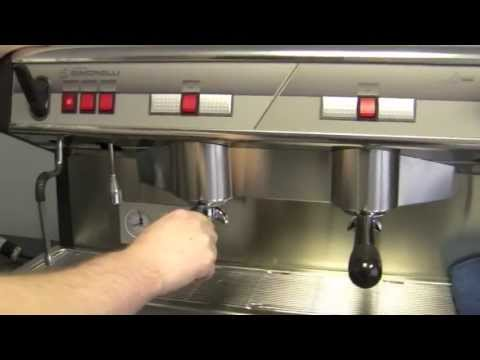 Crew Review: Nuova Simonelli Appia Semi-Automatic Commercial Espresso Machine