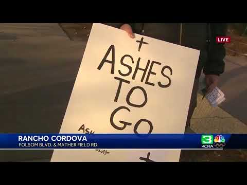 Priests give Ash Wednesday blessings to Sacramento commuters