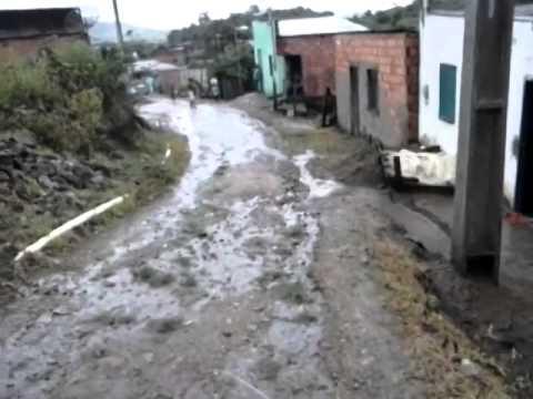 ENCHENTE (VIDEO 2)  BAIRRO VALE DO PAU PARAÍBA JUSSARI BA