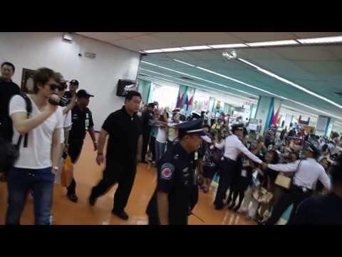 CNBLUE BLUE MOON WORLD TOUR CAM in Manila (Jong Hyun)