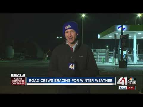 Snow crews across Kansas City prepare for next round of winter weather