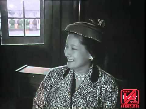Quốc trưởng Bảo Đại và Hoàng hậu Nam Phương trong chuyến công du Pháp quốc (1949)