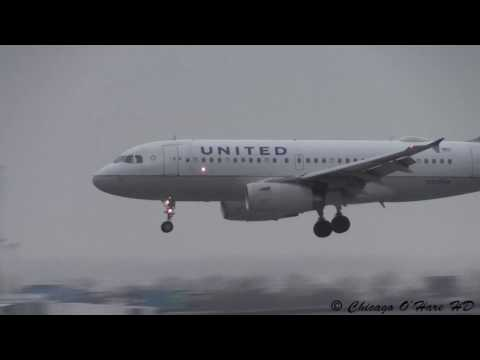 Heavy Wind & Rain Airbus A319 Landing - United #366 - Chicago O'Hare Plane Spotting