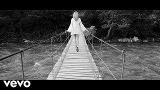 Shakira - Nada (Music - Video)