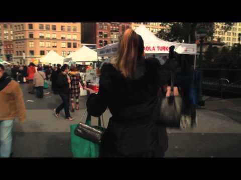 Union Square (Clip 'Free Hugs')