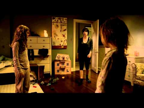 Mama | clip – Kids Tell Annabel Not To Look In The Closet