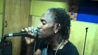 Download Lagu Baby Chris ENDORSES G.T TAYLOR'S XMAS EXTRAVAGANZA 2011 Mp3
